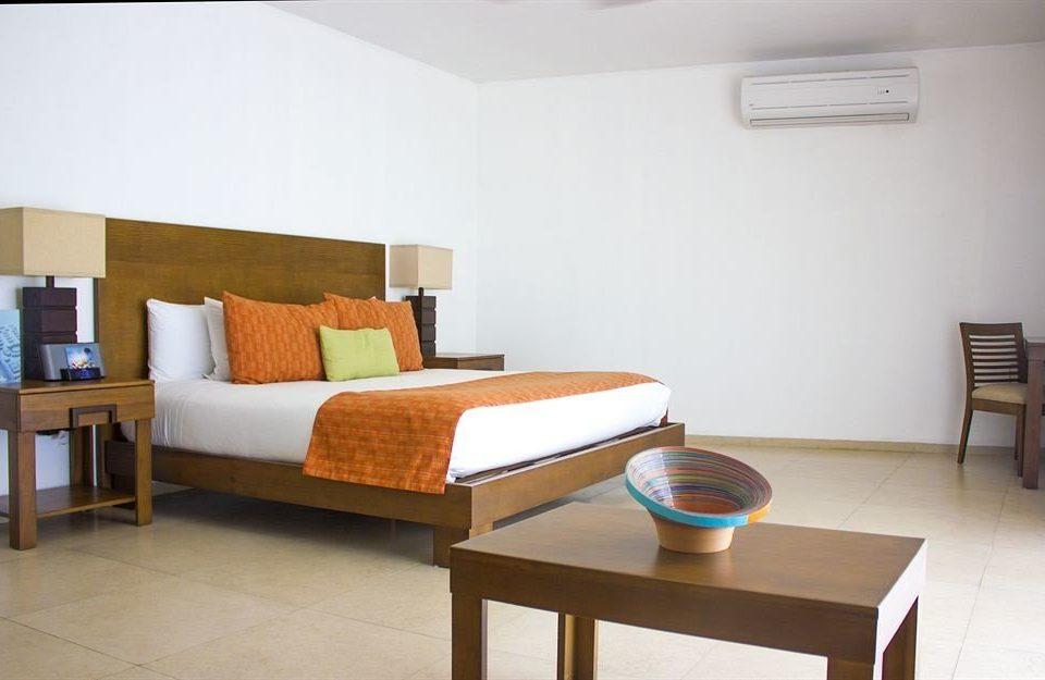 Bedroom property wooden cottage living room Suite condominium Villa