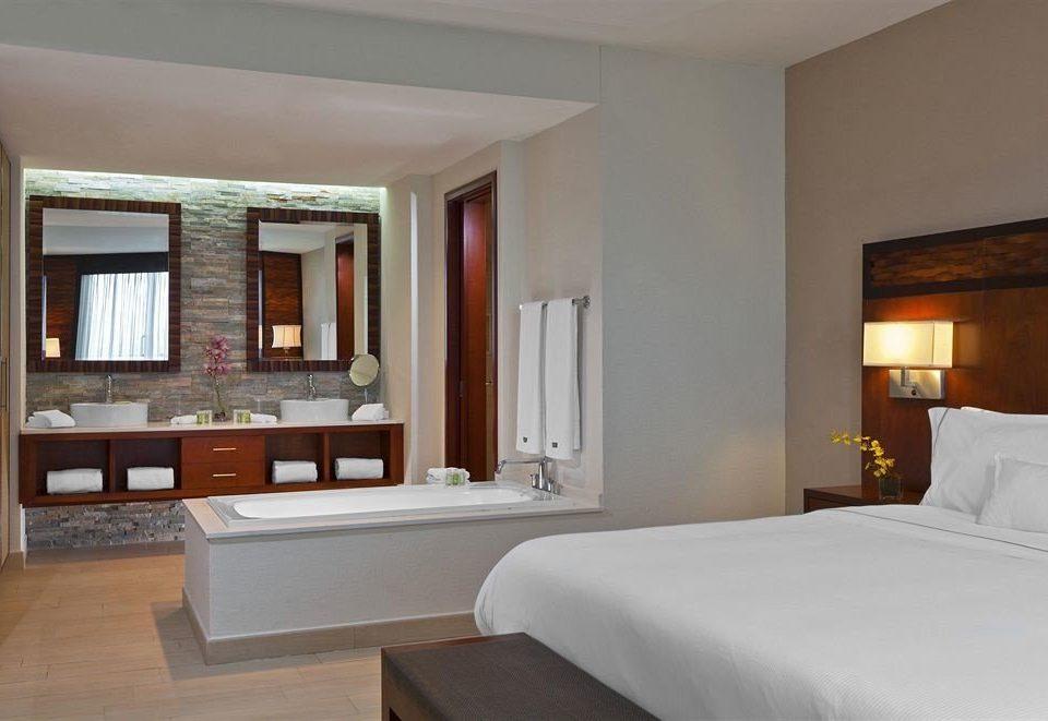 property Suite home Villa Bedroom cottage condominium living room