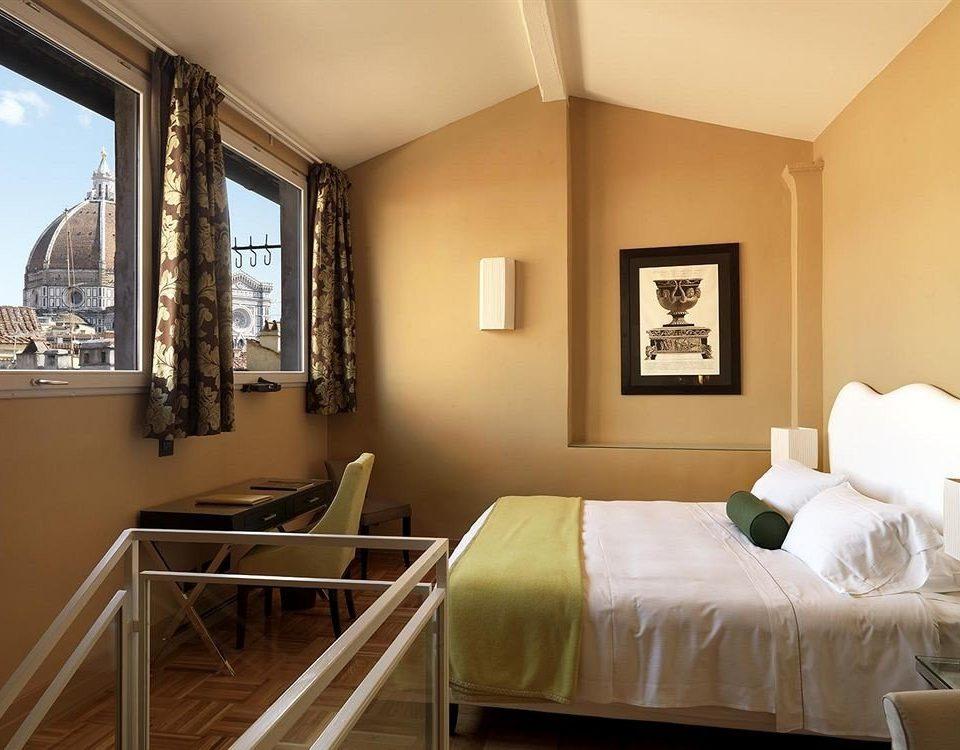 property Suite Bedroom living room Villa cottage condominium