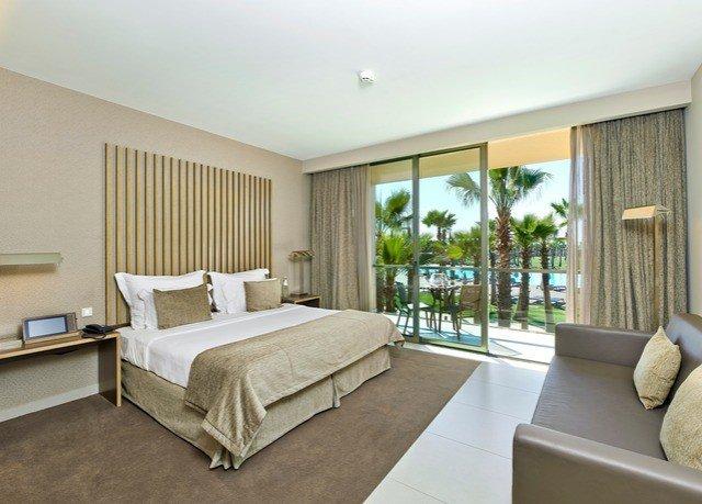 sofa property condominium living room Bedroom Suite home hardwood Villa cottage flat