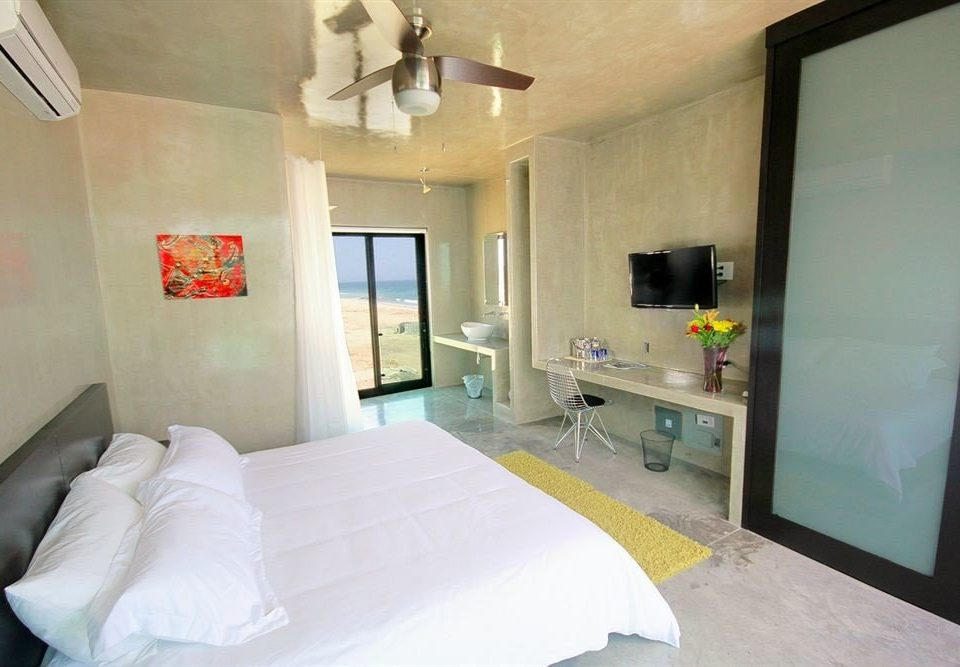property white Bedroom condominium cottage Suite Villa