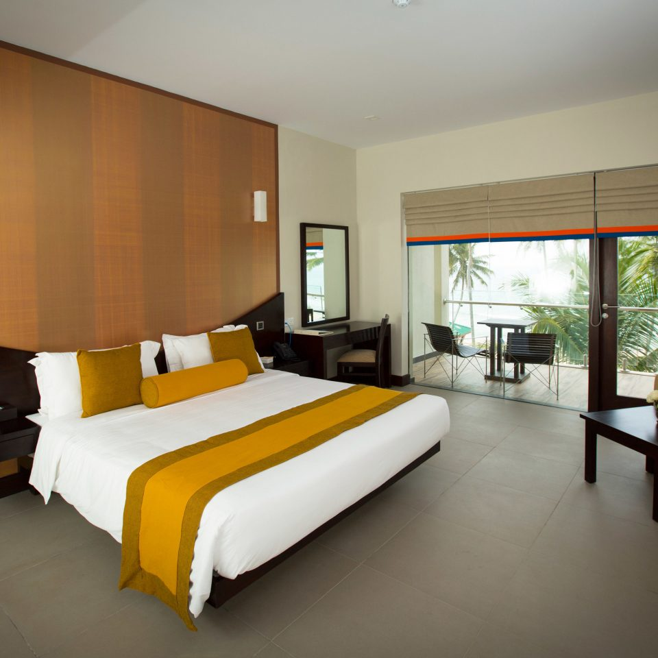 Bedroom property condominium Suite Villa living room