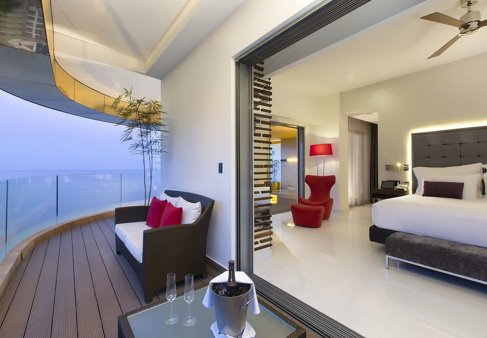 property Suite condominium living room home Villa Bedroom
