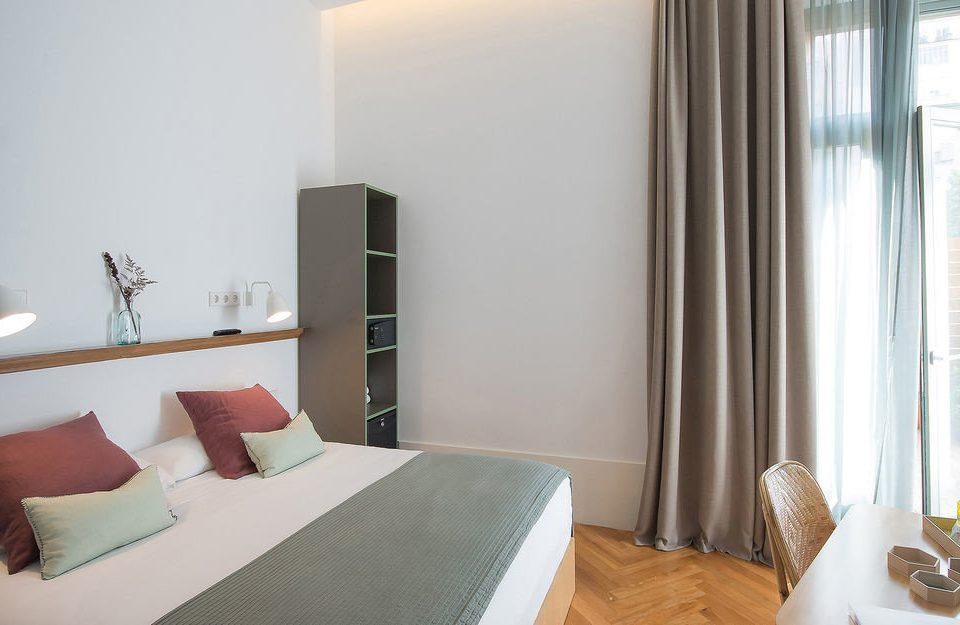 property Suite Bedroom cottage condominium pillow Villa