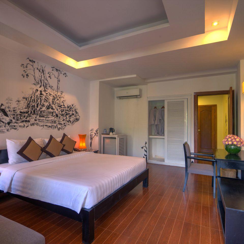 property Suite living room hardwood home Villa condominium Bedroom flat hard