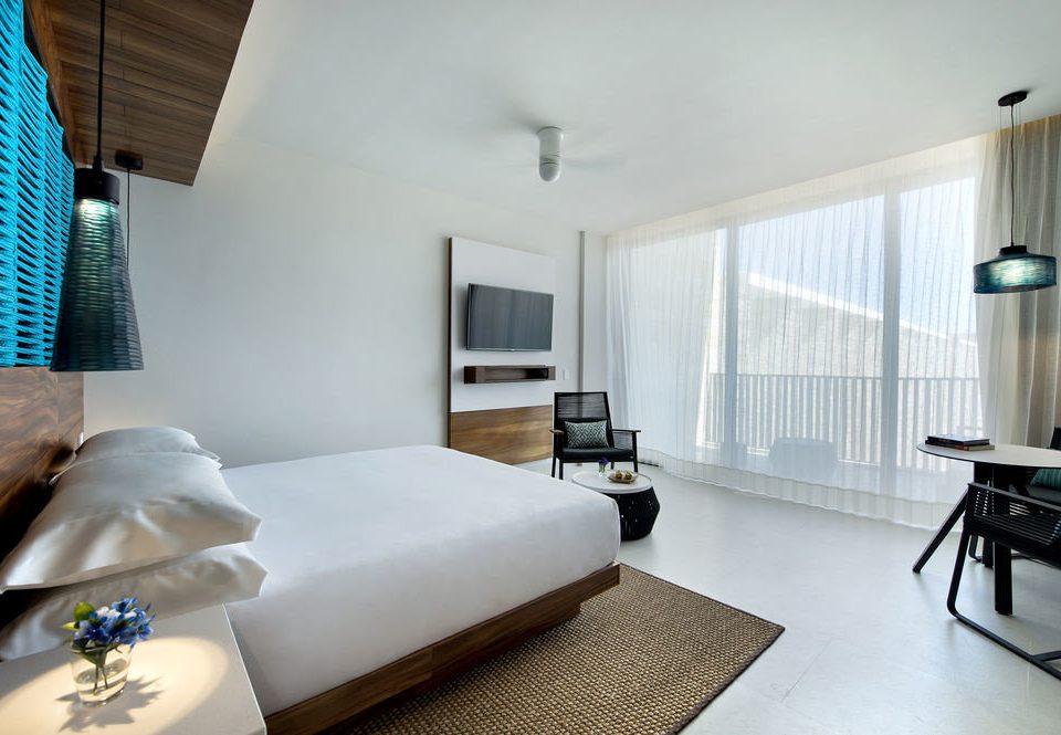 property Bedroom Suite condominium cottage living room Villa