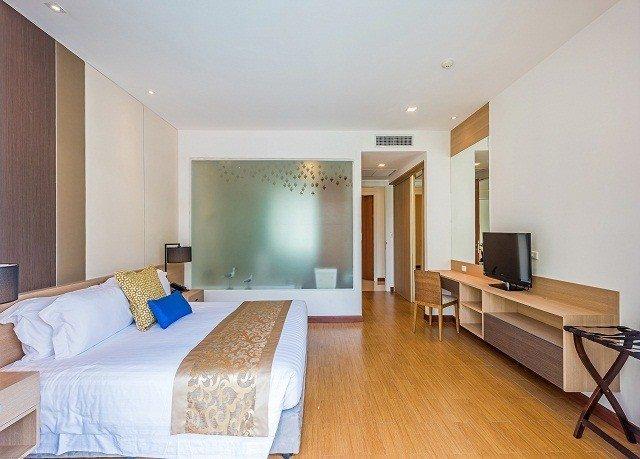 property Bedroom Suite condominium hardwood cottage Villa living room flat hard