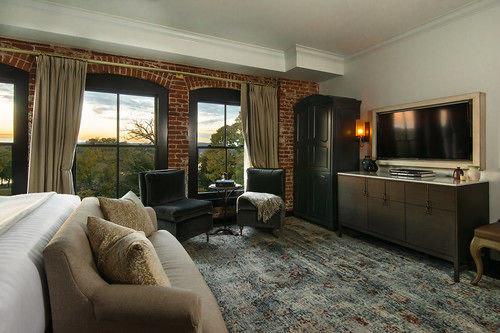 sofa property living room home condominium hardwood Villa cottage Suite mansion Bedroom stone