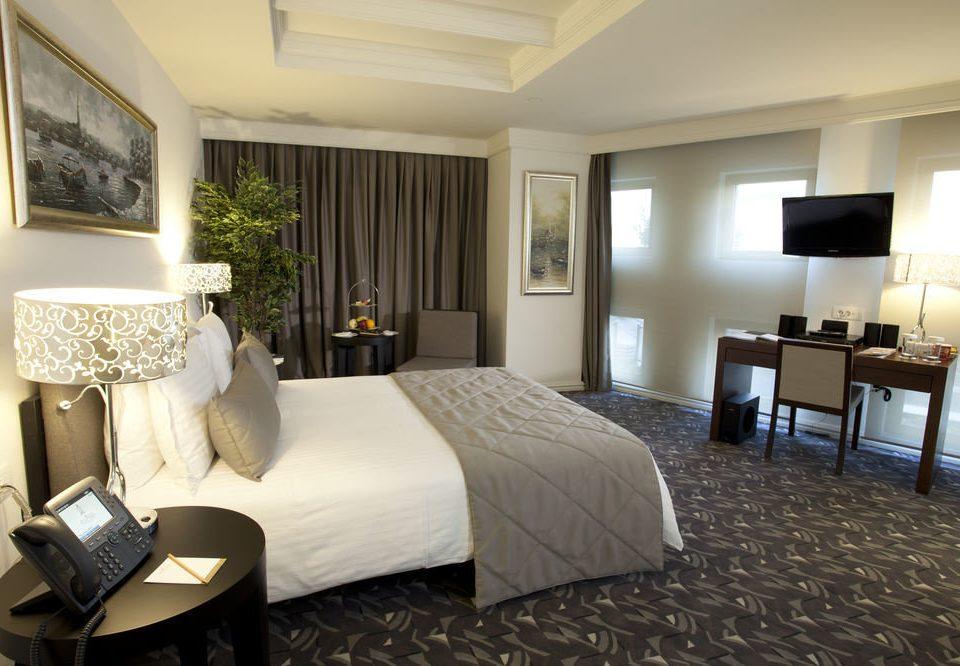 property Suite Bedroom living room home cottage Villa condominium