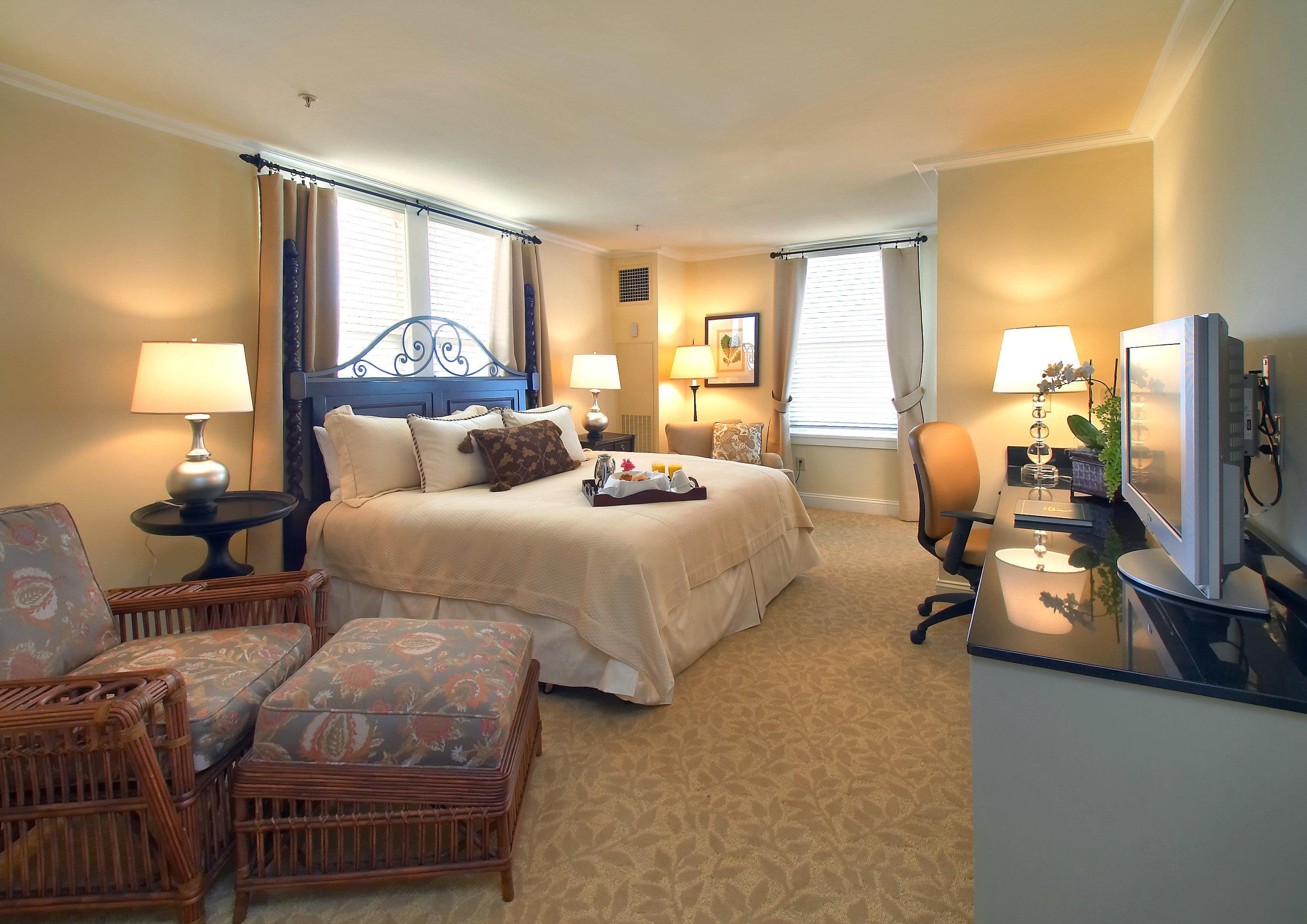 property living room Bedroom Suite condominium home cottage Villa