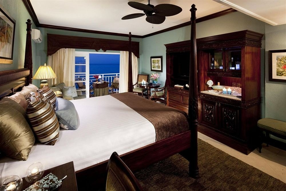 property living room Bedroom home Suite cottage recreation room condominium mansion Villa