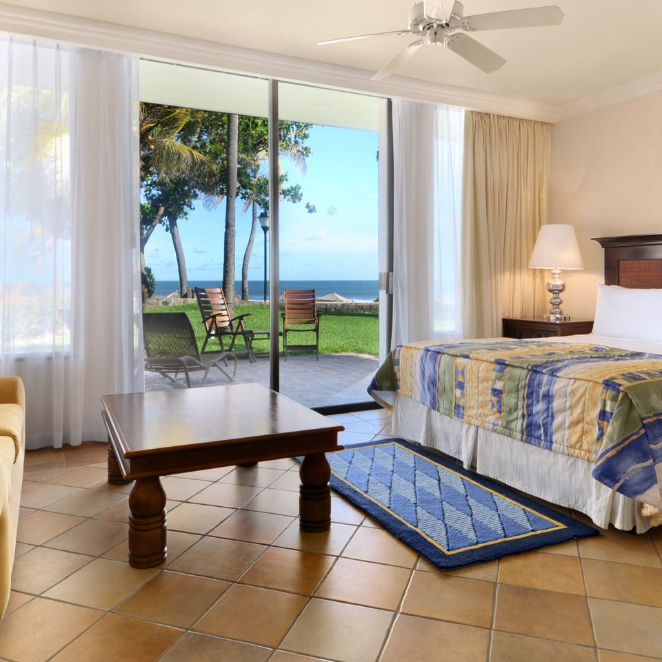 property condominium living room Suite Bedroom home cottage Villa