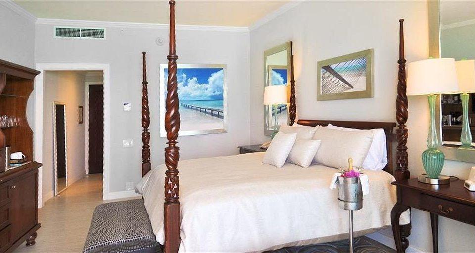 property Suite Bedroom home cottage Villa living room condominium