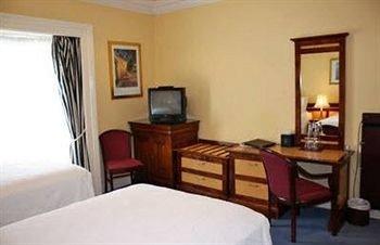 Bedroom property cottage Suite Villa condominium