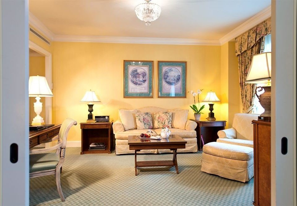 property living room home hardwood cottage Bedroom Suite condominium Villa farmhouse