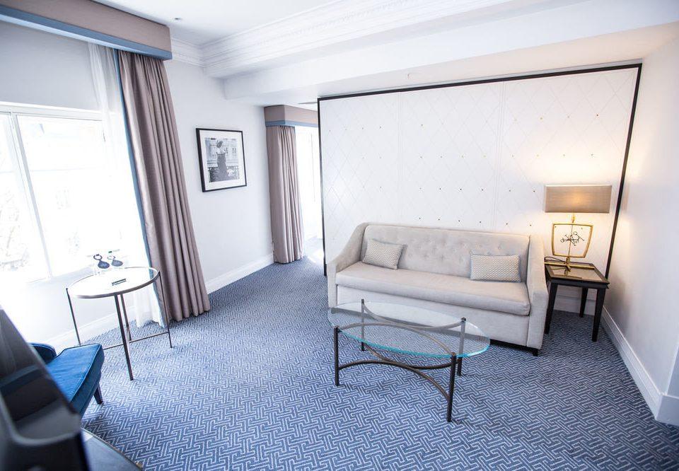 property condominium Suite Bedroom living room cottage home Villa