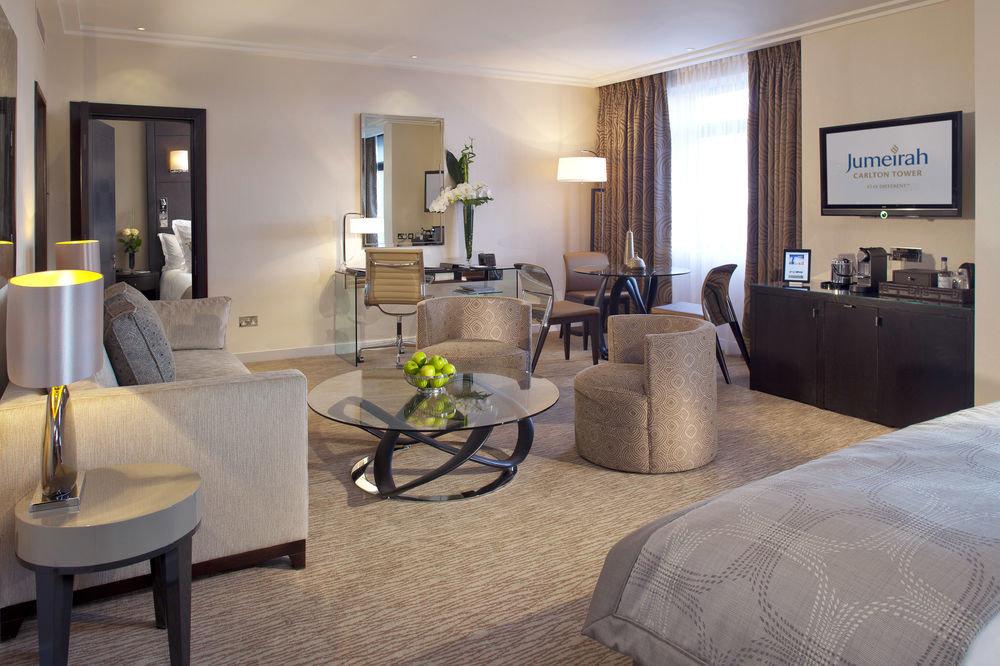 property living room condominium home Suite cottage Villa Bedroom