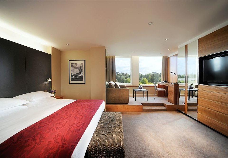 Bedroom property home hardwood Suite living room condominium Villa cottage flat