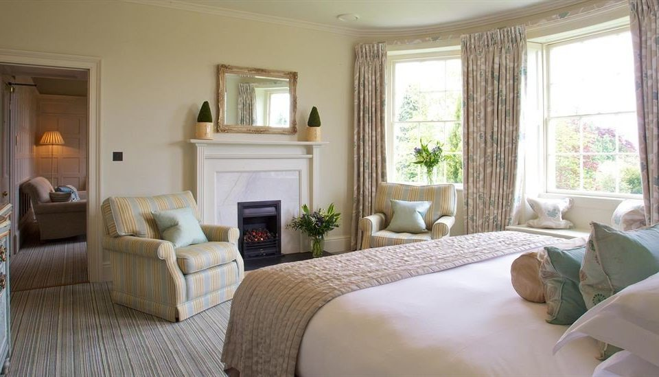 property living room home cottage Suite hardwood condominium Bedroom Villa
