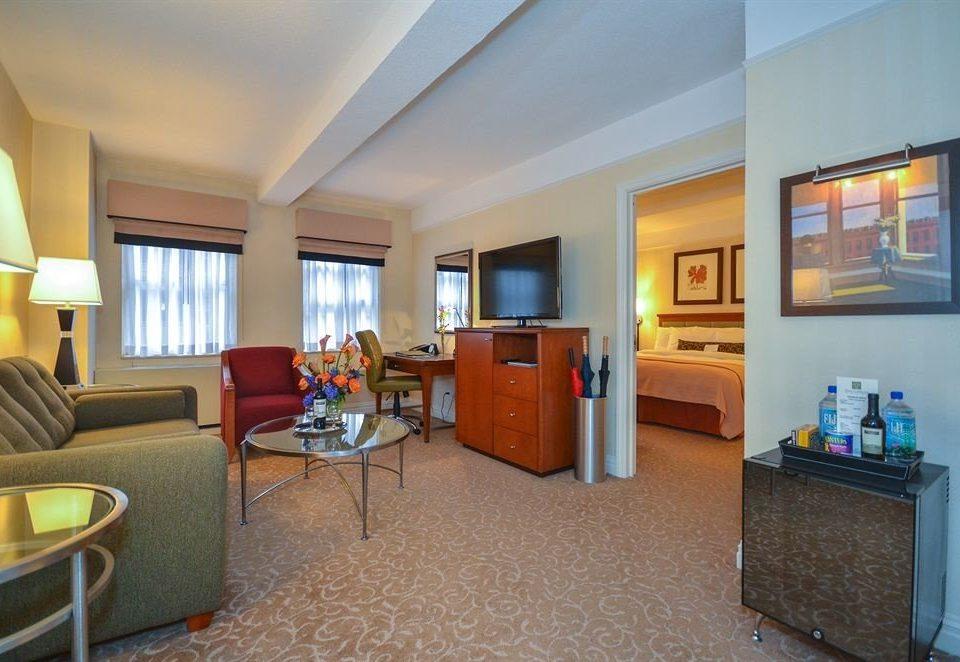 property Suite condominium living room home cottage Villa Bedroom
