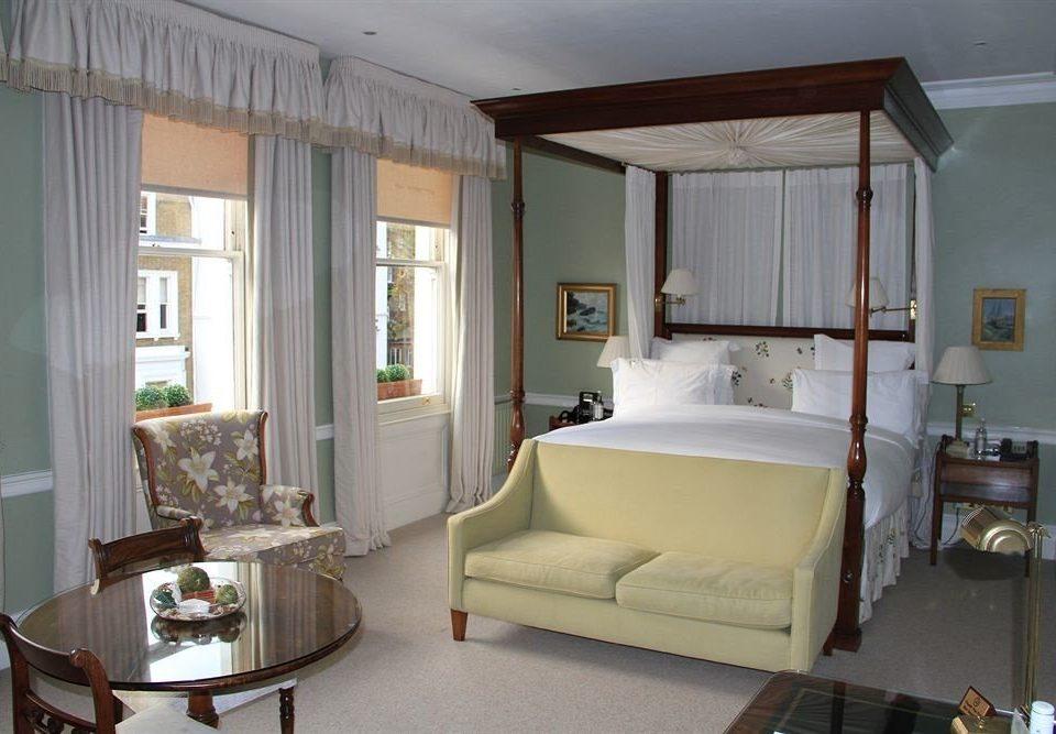 property living room house home Bedroom cottage condominium Suite Villa farmhouse