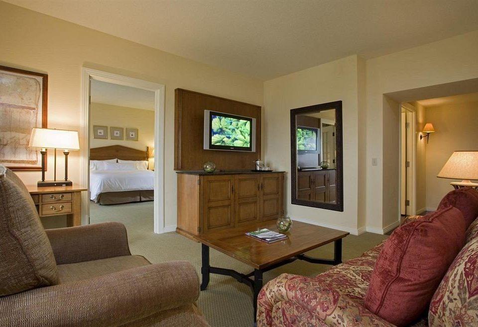 sofa property living room Bedroom home Suite cottage hardwood condominium Villa