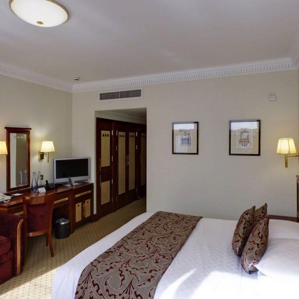 property scene Suite Bedroom cottage Villa home flat condominium