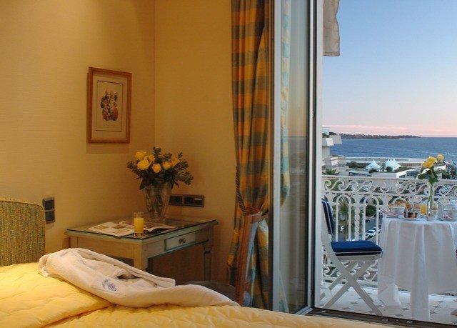 property cottage Villa home Suite Bedroom condominium