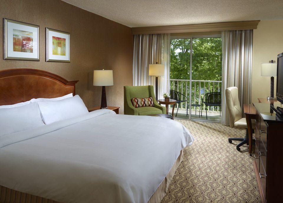 Bedroom property Suite cottage home Villa condominium lamp