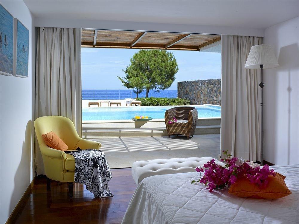 property living room Villa Suite home condominium cottage Bedroom