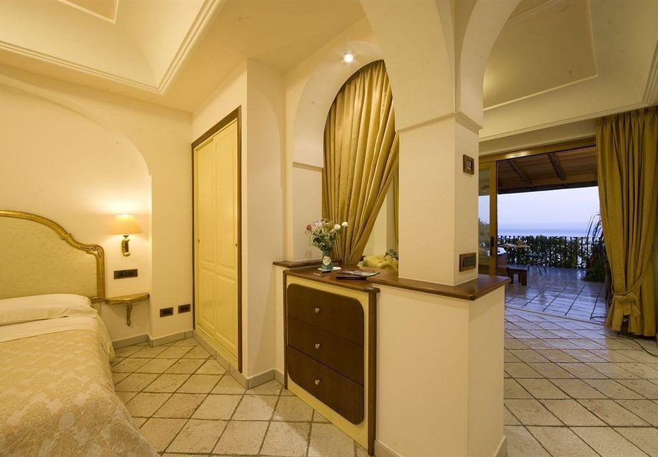 property Suite home Villa mansion cottage Bedroom condominium tile tiled
