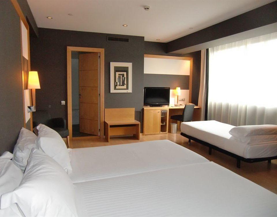 property Bedroom Suite living room white home condominium cottage Villa