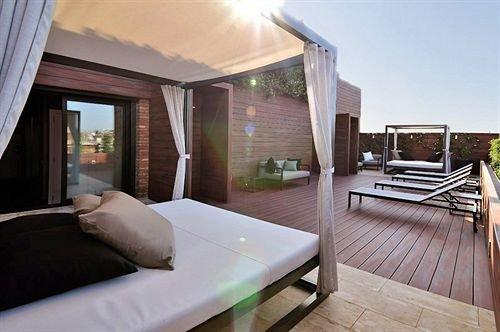property condominium Villa Bedroom Suite home cottage living room