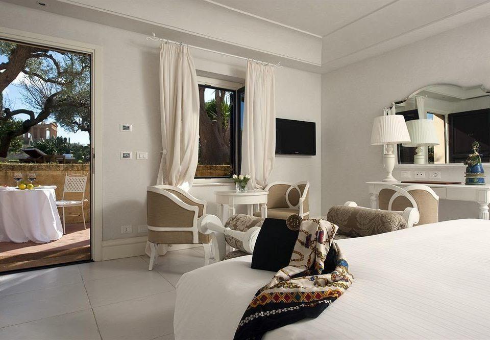 property living room home house Bedroom Suite Villa condominium mansion cottage