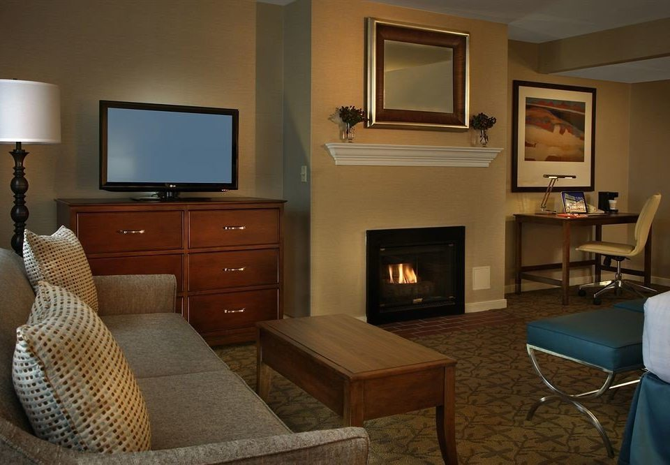 property living room home Suite cottage condominium hardwood Villa Bedroom