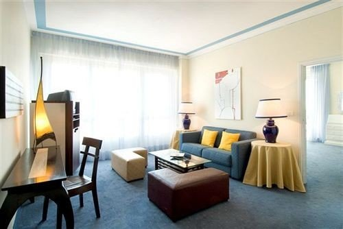 property Suite condominium living room Villa Bedroom