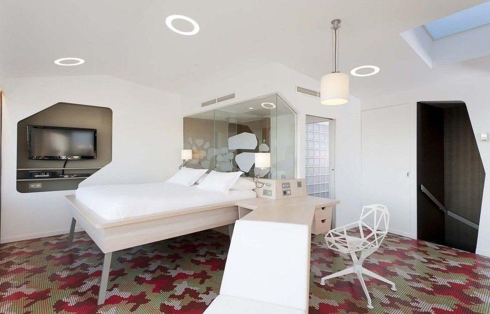property Suite rug cottage living room Bedroom Villa condominium