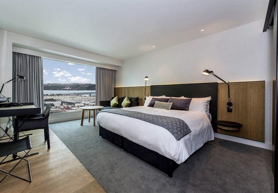 Bedroom property Suite condominium Villa home cottage living room