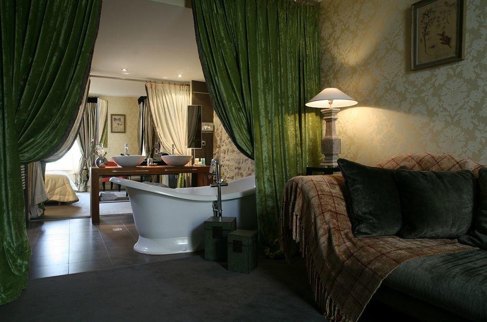 sofa curtain green property house home living room Bedroom Villa cottage Suite condominium lamp