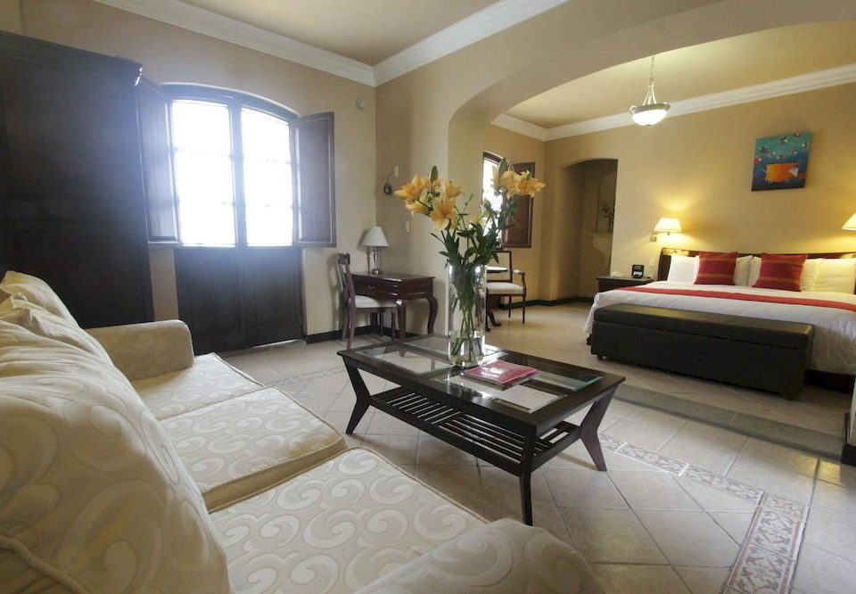 Bedroom property living room Suite condominium Villa cottage