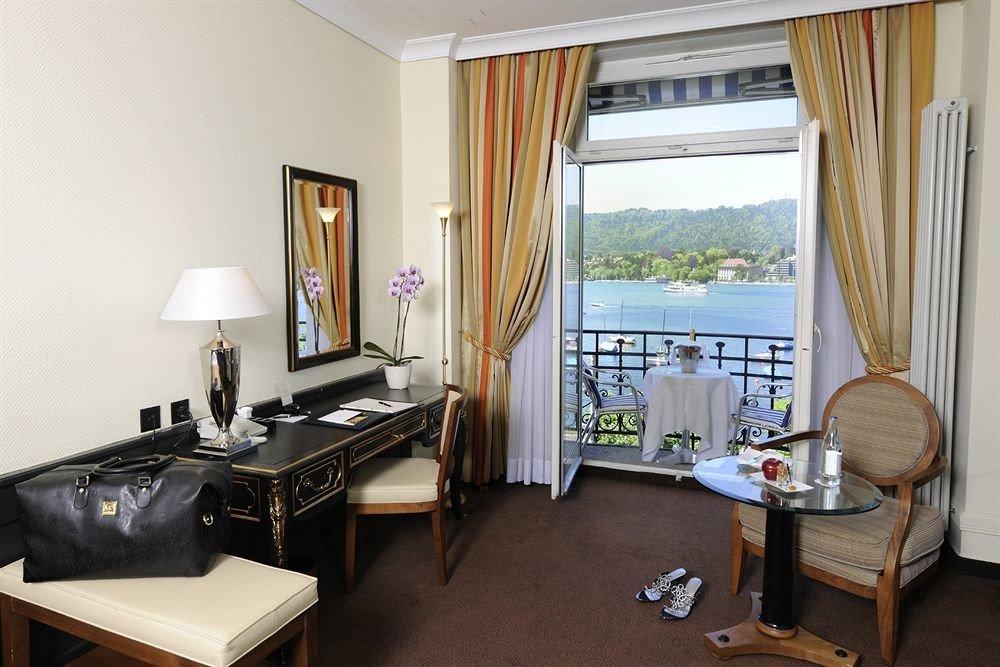 property cottage home Suite condominium Villa living room Bedroom