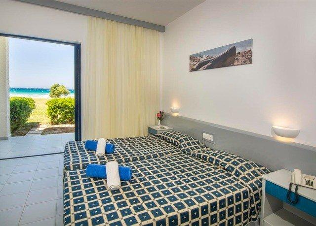 property swimming pool condominium Suite Villa Bedroom