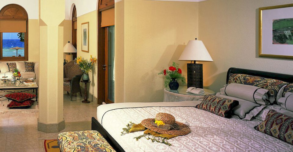 property home Suite living room cottage Bedroom condominium Villa