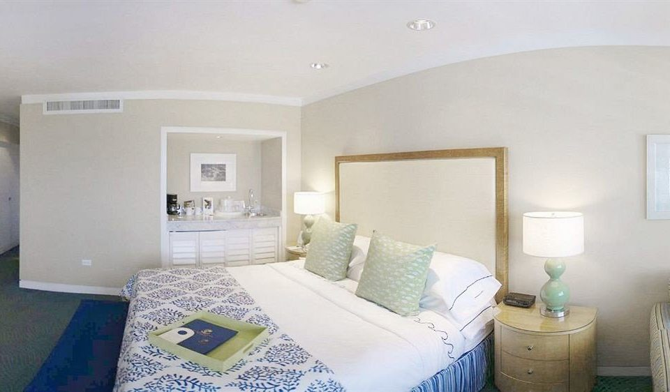 property Bedroom green home living room Suite cottage condominium Villa