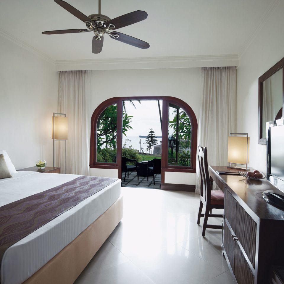 Bedroom property home cottage living room Villa condominium Suite