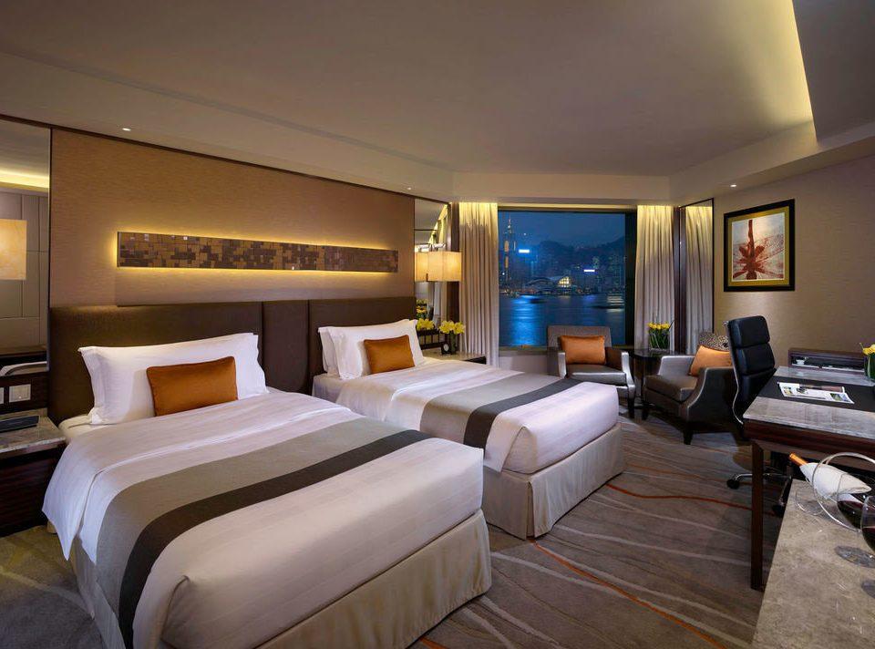 property Suite Bedroom condominium living room Villa yacht