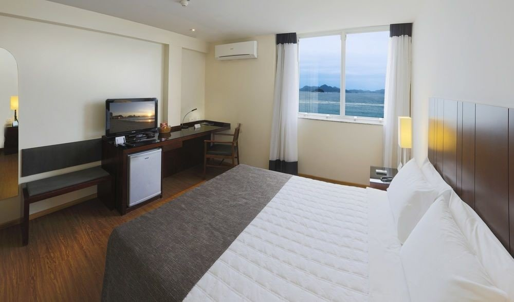 property Suite Bedroom white cottage condominium Villa flat