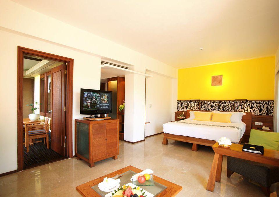 property Suite Villa cottage home condominium living room Bedroom