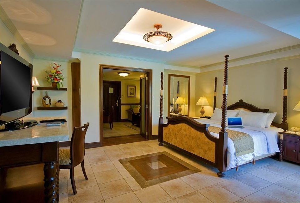 property Suite living room home Villa cottage Bedroom condominium mansion