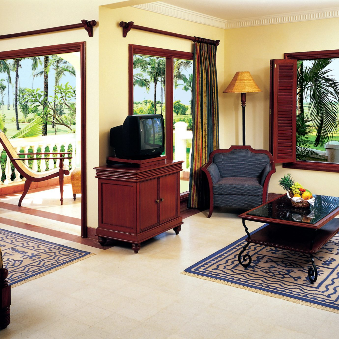 Bedroom Suite property home Villa cottage living room condominium mansion